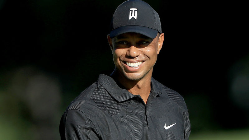 Tiger Woods starts hot, finishes 5 back after 71 in Memorial