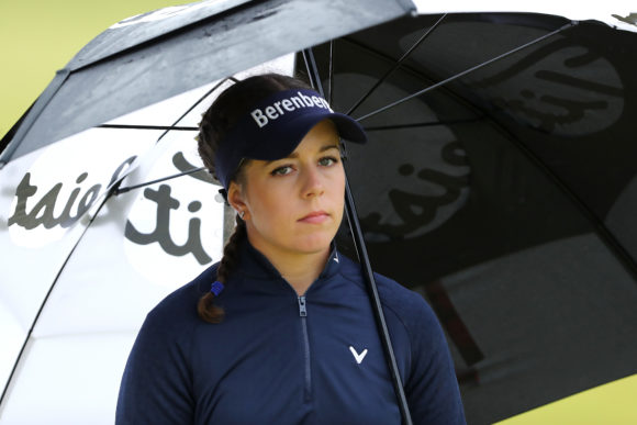 Kim wins women's British Open, Moriya slips
